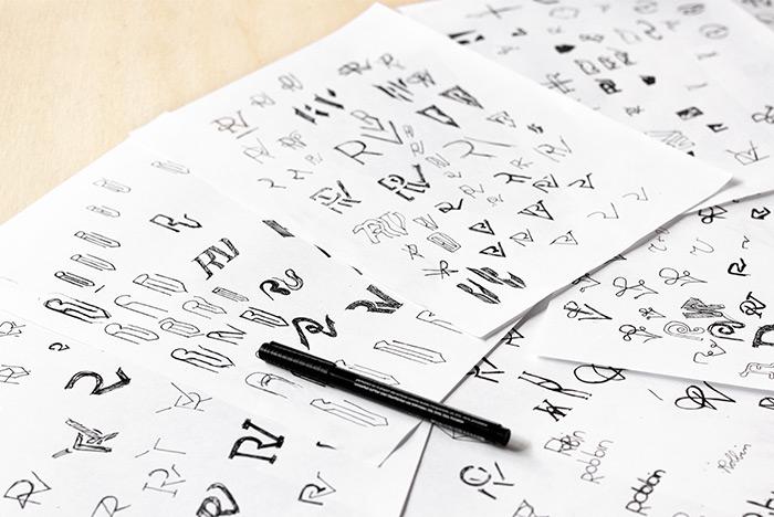 Robbin_Veldman_Monograms_Sketches_01