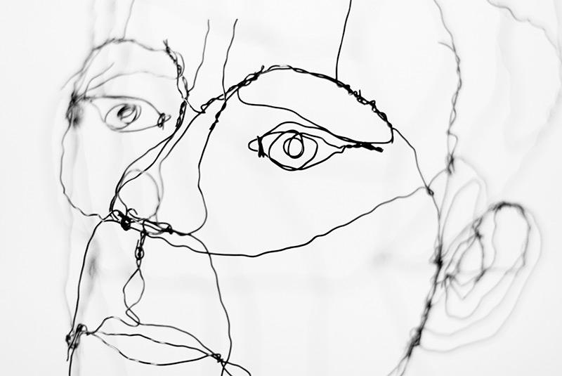 Robbin_Veldman_Nijverdal_zij_zijn_mij_zijzijnmij_They_are_Me_Iron_Wire_ijzerdraad_boomstam_tree_branche_lines_lijnen_Caro_de_Gijzel_Gemeente_Hellendoorn_Eigen_Oogst_Overijssel_Nederland_Schilder_Painter_Grafisch_Ontwerp_Graphic_Design_Visual_Visueel_Beeldend_Artist_Kunstenaar_Vormgever_Kunst_Art_Communicatie_Communication_Eye_Oog_Detail_Precise_Realistic_Real_Magisch_Magical_Magic_Realism_Realisme_Detailed_Fotografisch_Hyper_Photorealistic_Gedetailleerd_Kleur_Color_Modern_Klassiek_Classic_Traditioneel_Traditional_Zwart_Wit_Black_White_BW_ZW_Figuratief_Surrealistic_Surrealistisch_Vervreemdend_Figurative_Illustratief_Illustrative_Illustration_Tekeningen_Illustraties_Drawings_Images_Afbeeldingen_Photo_Camera_Cam_Foto_Studio_Bureau_Logo_Huisstijl_Visual_Identity_Campagne_Concept_Idee_Creatief_Creative_Creation_Maken_Packaging_Verpakking_Folded_Gevouwen_Origamie_special_Speciaal_Verrassing_Supprice_Niermala_Bouwina_Timmers_Raalte_Rotterdam_Amsterdam_Avrotros_Het_Stilleven_Stil_Life_Contest_Portrait_Portret_Vondel_CS_Ootmarsum_Kunstenaarsdorp_Atelier_galerie_Kunstmarkt_Expositie_The_Netherlands_Holandse_Meesters_Dutch_Masters_Rembrandt_Rijn_Johannes_Vermeer_Vincent_Gogh_Verf_Paint_Acrylverf_Acrylic_Oil_Olieverf_Fast_Drying_Sneldrogend_Alkydverf_Alkyd_Aquarel_Cibap_Vakschool_Verbeelding_ArtEZ_Hogeschool_Kunsten_Zwolle_Enschede_Arnhem_Canvas_Doek_Linnen_Katoen_Landscape_Landschap_Dieren_Animals_Cat_Dog_Hond_Kat_People_Mensen_Human_Mens_Man_Male_Female_Vrouw_Woman_Meisje_Girl_Jongen_Boy_Kids_Childeren_Kinderen_Familie_Family_Gezin_Household_Vereeuwigd_Immortalized_Forever_Always_Voor_Altijd_Frame_Lijst_Regenboog_Rainbow_Handgemaakt_Handmade_Lichtval_Lighting_Catapult_creeert_Jouw_commercieel_Commercial_recamemakers_Social_Media_Strategie_Strategie_Plan_Guerrilla_Diensten_Services_Klant_Customer_Digital_Digitaal_Medium_Media_DTP_Desk_Top_Publisher_Web_Multimedia_Motiongraphics_Animatie_Animation_Bewegend_Moving_Beeld_Image_Interface_Menu_Scherm_Monitor_Stopmotion_Video_Film_C